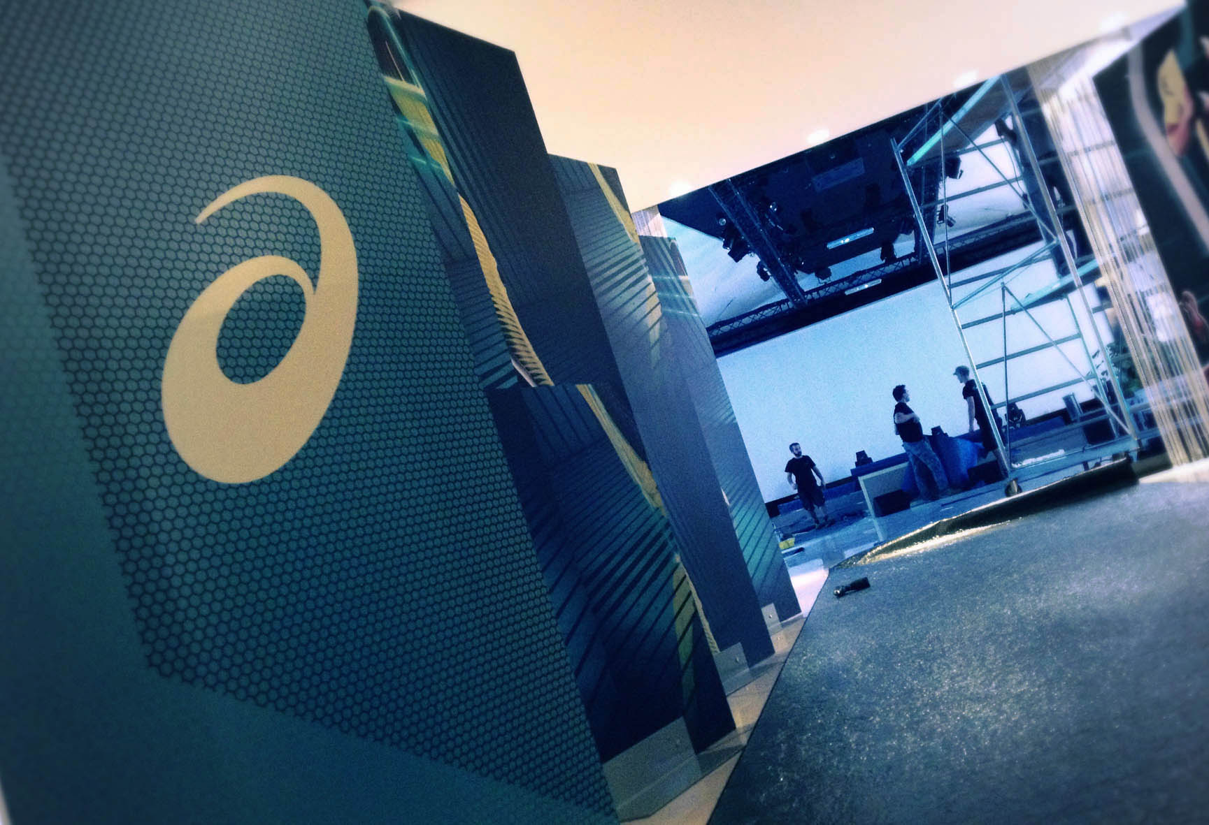 Asics J33 Launch Event Show 2013 - stage design project 05
