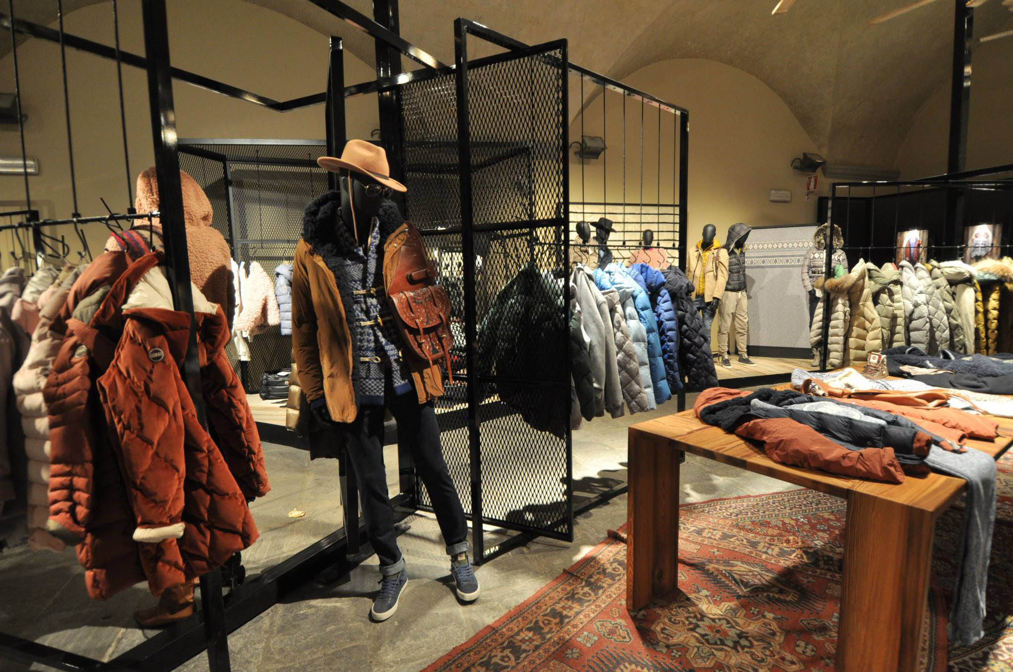 Colmar Originals Pitti Firenze stand exposition project 06