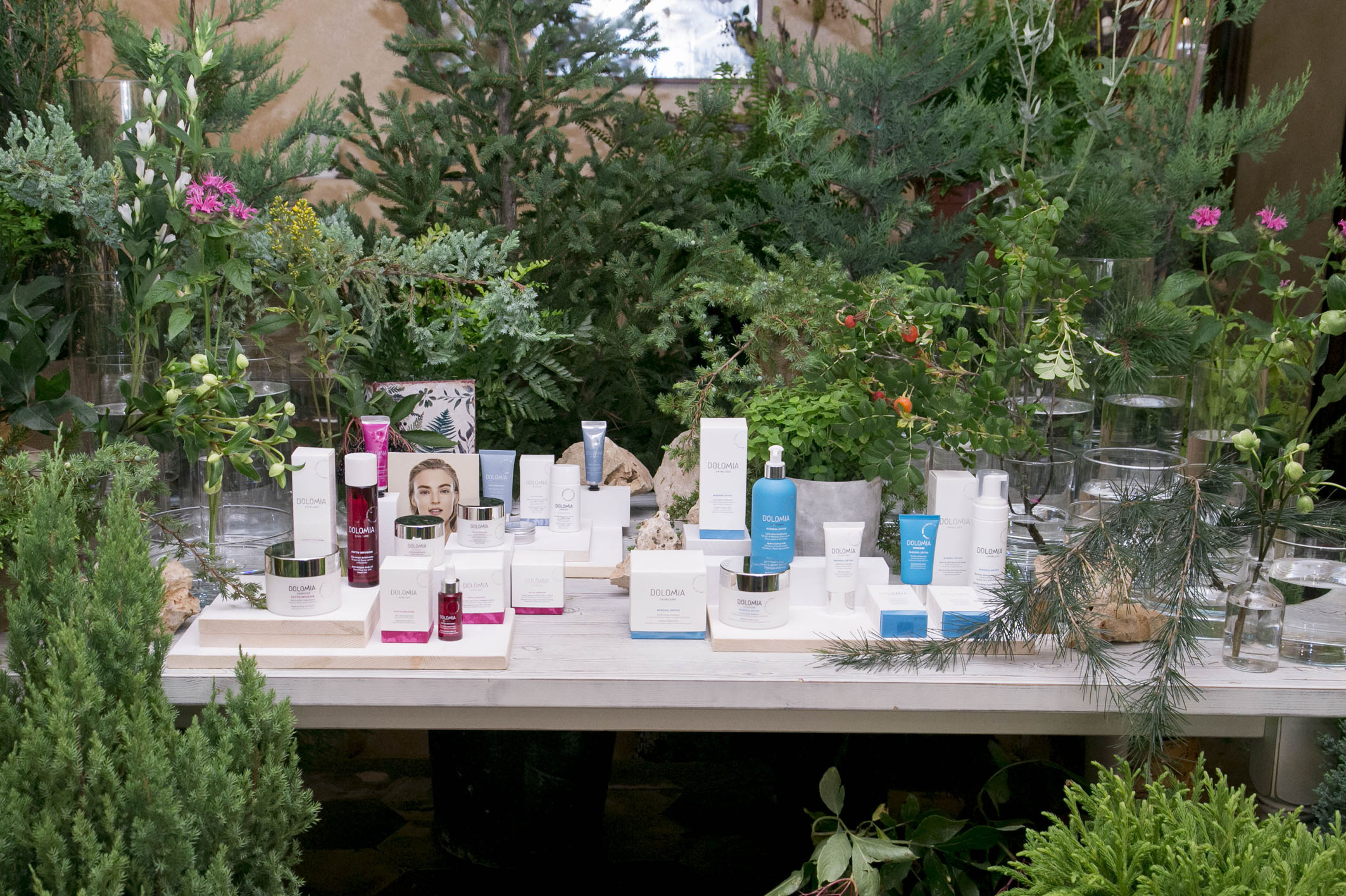 Dolomia Skincare new launch set styling project @ Fioraio Bianchi 02