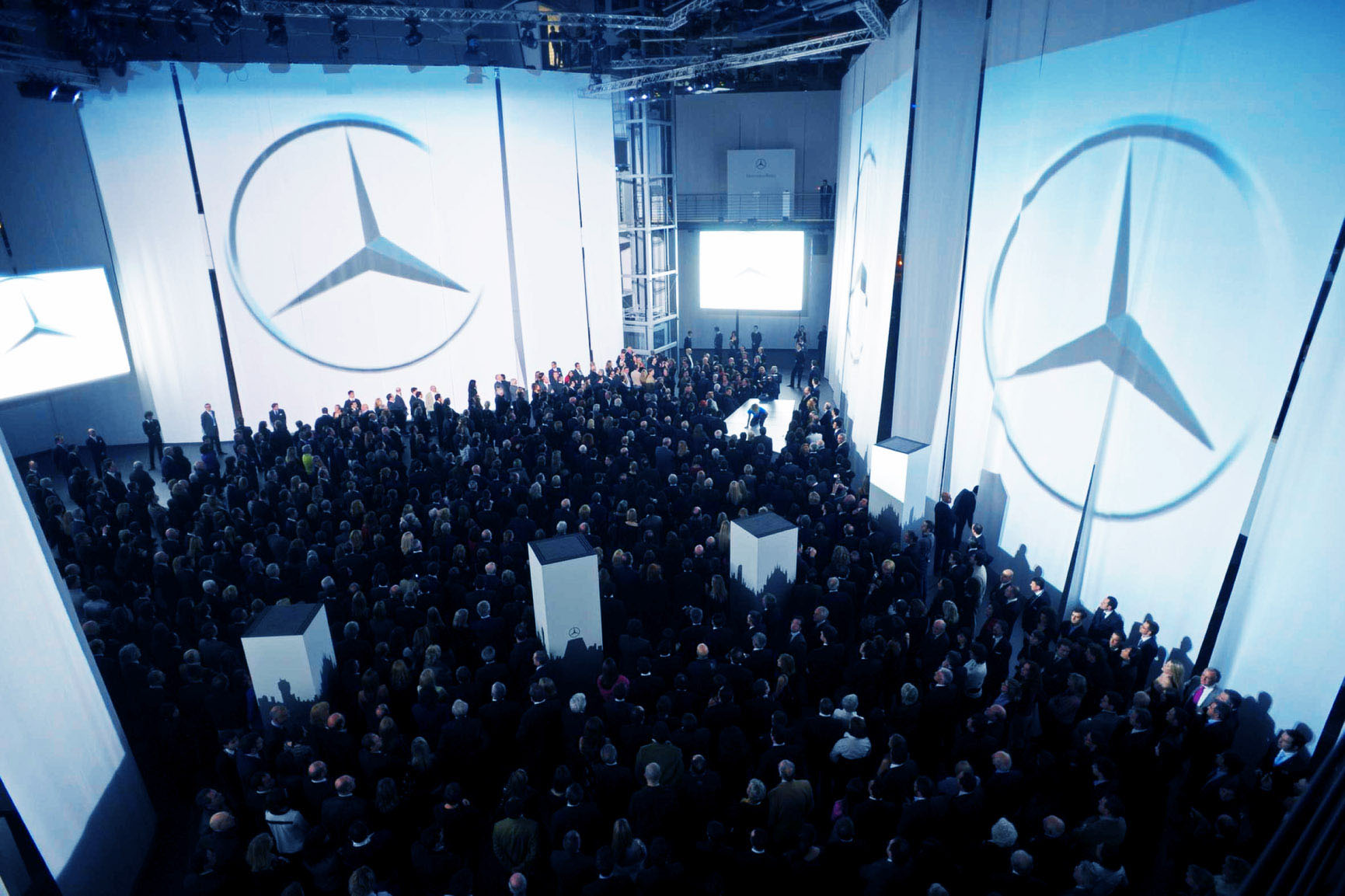 Mercedes Brand Center Event Opening Show 03